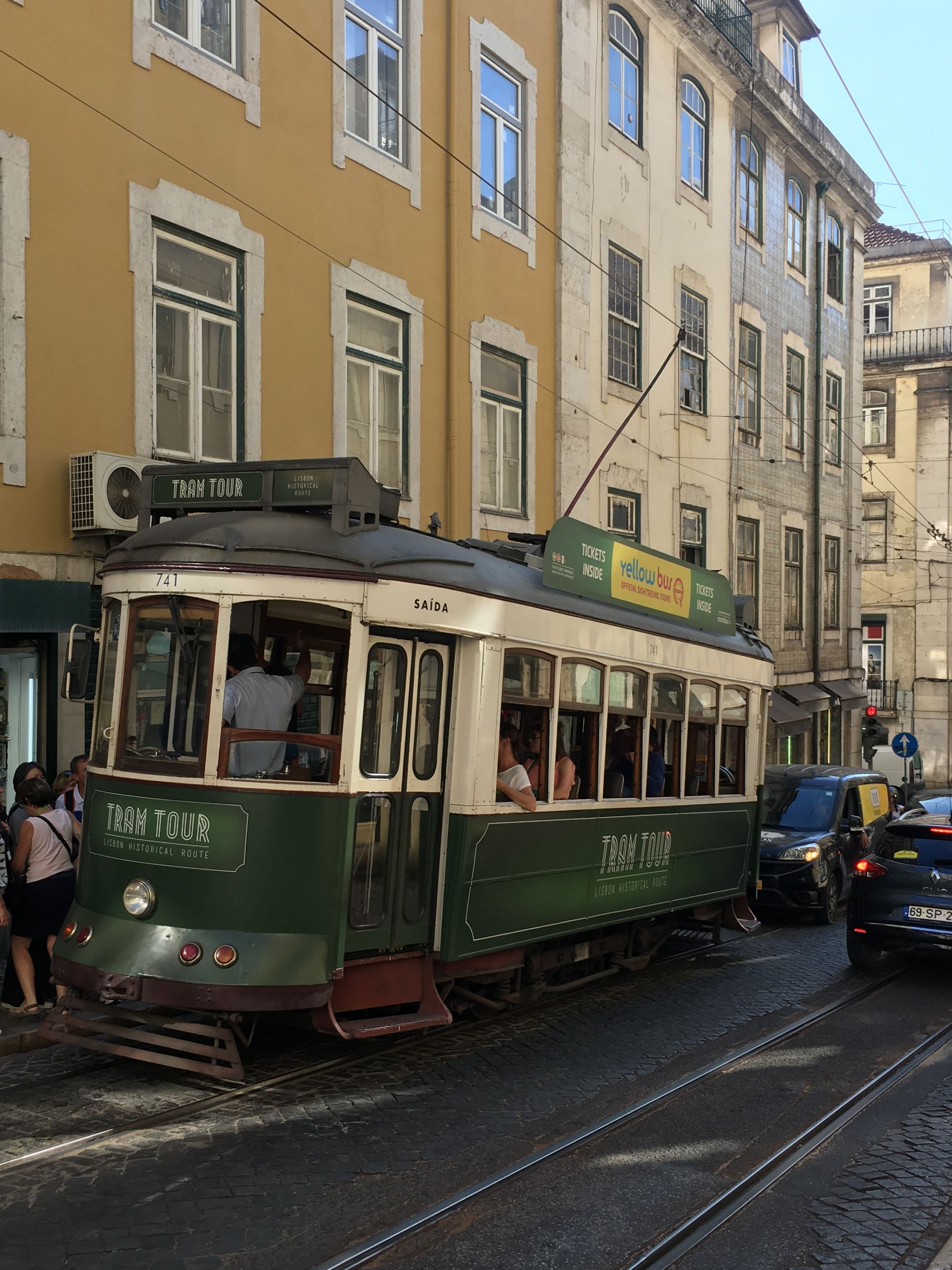 Lisbon-trolly-tram tour