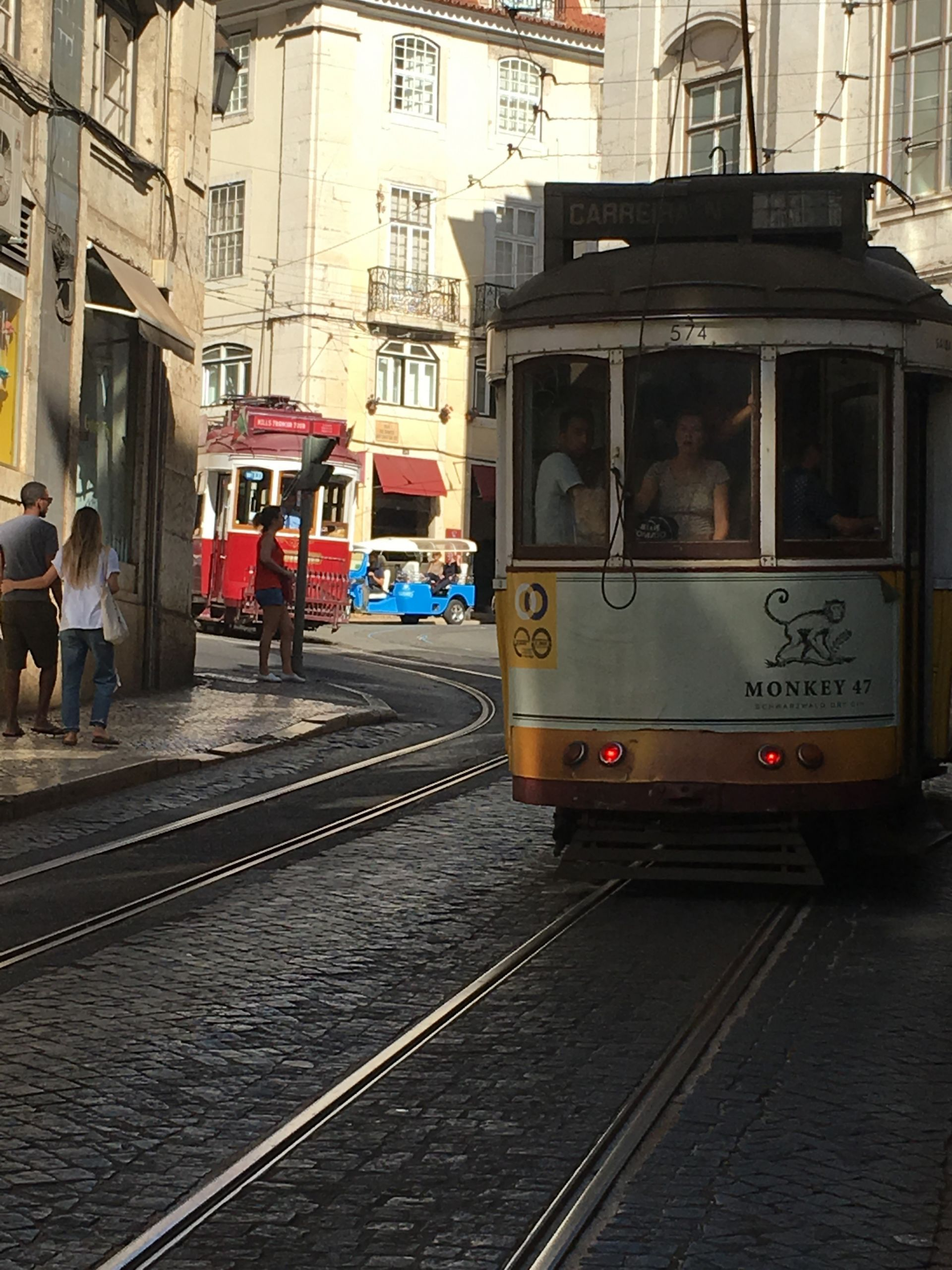 Lisbon-trolly with monkey