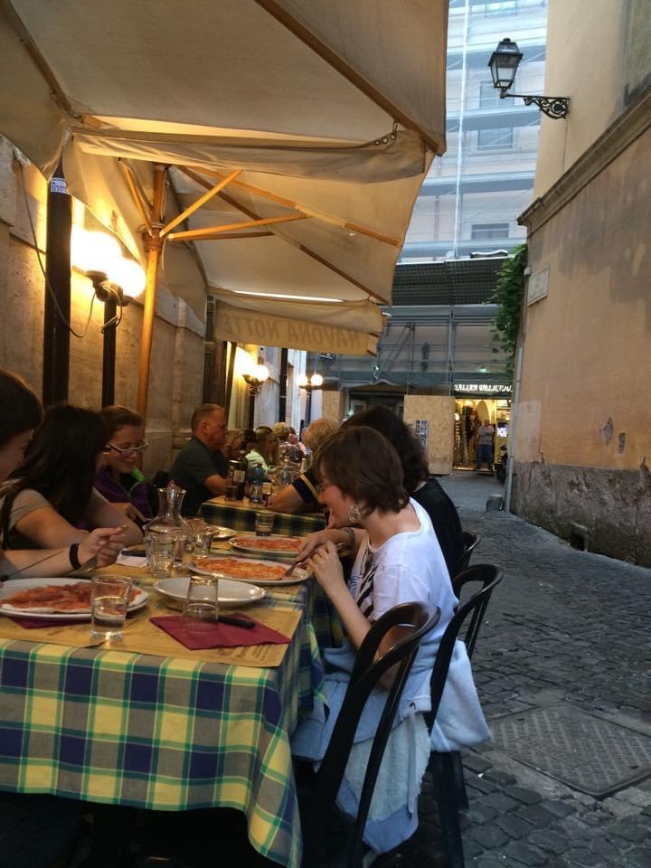 Alley restaurant Rome eatbaketravel.com